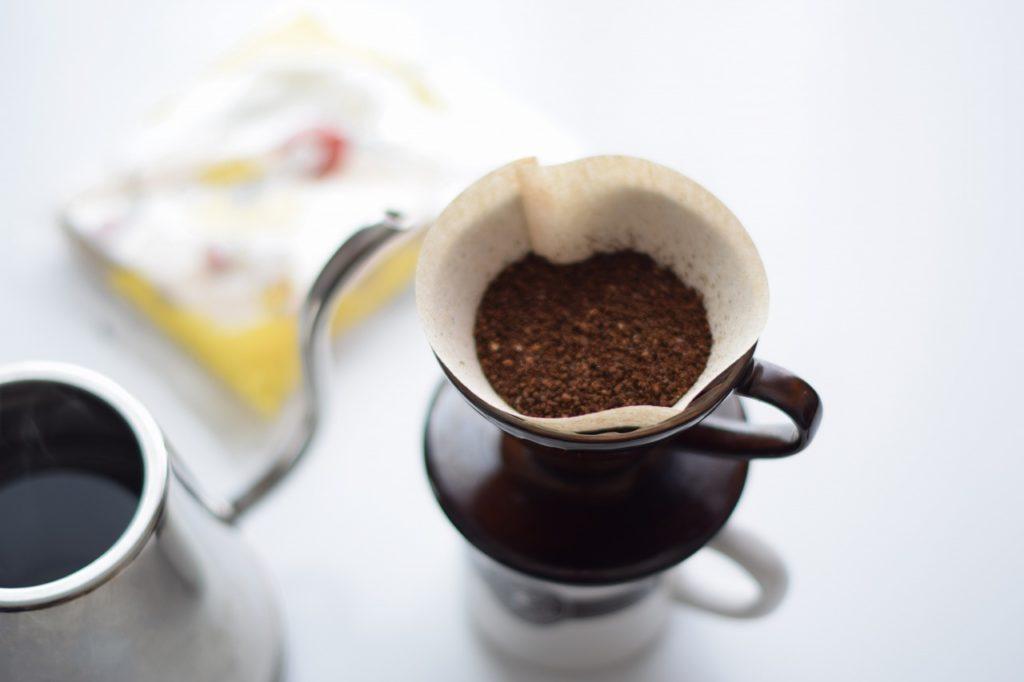 ハンドドリップで入れたコーヒーは深い香りがします。これがふるさと納税でもらえるなんて幸せ!