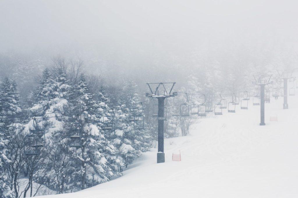 スキーやスノボのリフト券がふるさと納税でもらえるなんてビックリ!